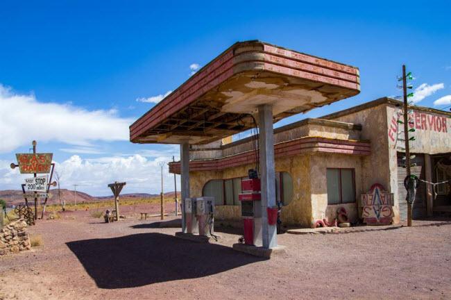 Những kỳ quan ẩn náu giữa sa mạc khắp thế giới - 5