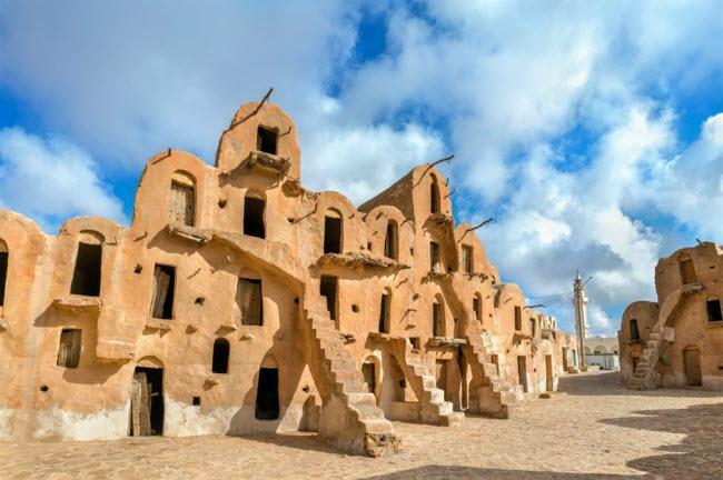 Những kỳ quan ẩn náu giữa sa mạc khắp thế giới - 6