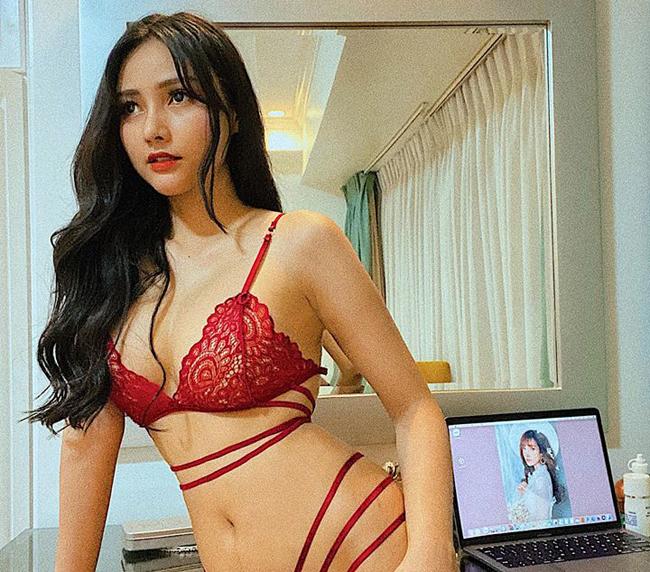Với kinh nghiệm chụp hình phong phú, nữ DJ cho hay, cô cũng không gặp nhiều khó khăn khi chụp hình bán nude. Mặc dù vậy, cô vẫn lưu ý cẩn trọng khi tạo dáng để tránh hình ảnh phản cảm.