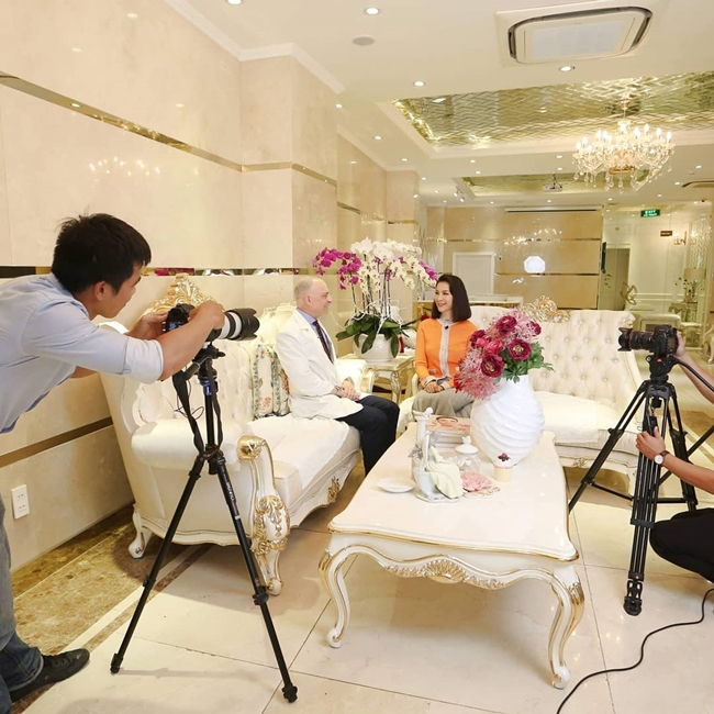 MC Thanh Mai hiện là bà chủ chuỗi trung tâm thẩm mỹ riêng ở Hà Nội và Tp.HCM. Cơ sở làm đẹp được cô đầu tư chi phí khủng để xây dựng, mua sắm nội thất theo tiêu chuẩn 5 sao. Ngoài ra, các trung tâm làm đẹp của Thanh Mai còn phát triển cả ở Israrel và Nga.