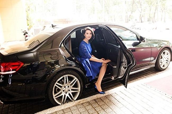 Tuy nhiên, Thanh Mai chưa bao giờ hé lộ về số tiền sở hữu những chiếc xe đắt giá này.