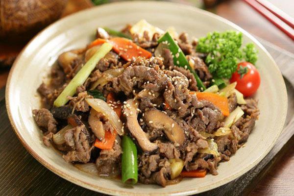 Đun sôi dầu để xào thịt bò: Đây chính là sai lầm lớn nhất khiến thịt dai nhách, kém ngon - 5