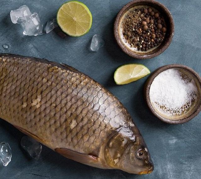 Muốn rã đông cá nhanh, không tanh, không nát hãy áp dụng 1 trong 3 bí quyết này - 2