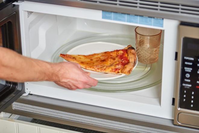 Mẹo hâm nóng lại đồ ăn an toàn, đúng cách, giữ nguyên dinh dưỡng như vừa được nấu - 1