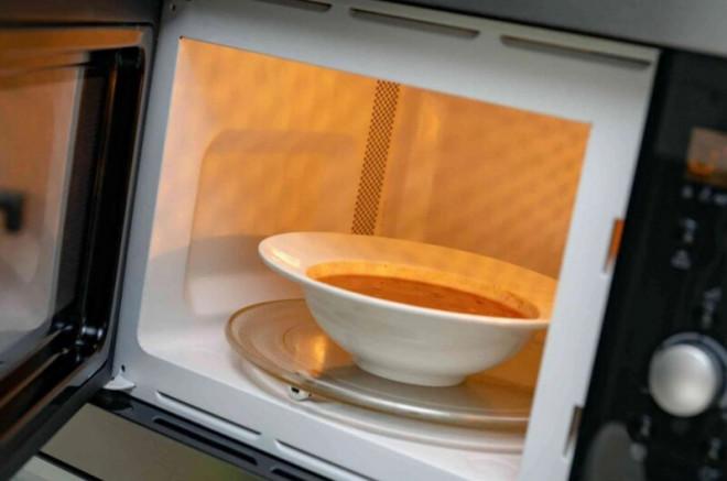Mẹo hâm nóng lại đồ ăn an toàn, đúng cách, giữ nguyên dinh dưỡng như vừa được nấu - 3