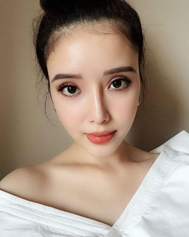 """Em gái xinh đẹp của Mai Phương Thúy có phải """"yêu nữ hàng hiệu"""" như chị? - 2"""