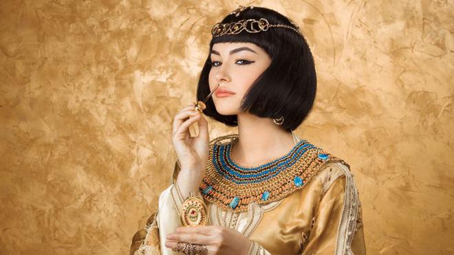 """Nữ hoàng Ai Cập ham sắc dục và độc chiêu khiến đàn ông """"say như điếu đổ"""" - 3"""