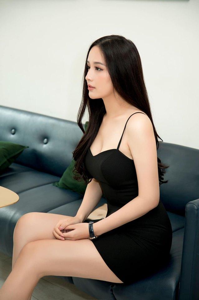 Mai Phương Thúy hững hờ khoe vòng 1 gần 100cm khiến fan nam xốn xang - 10
