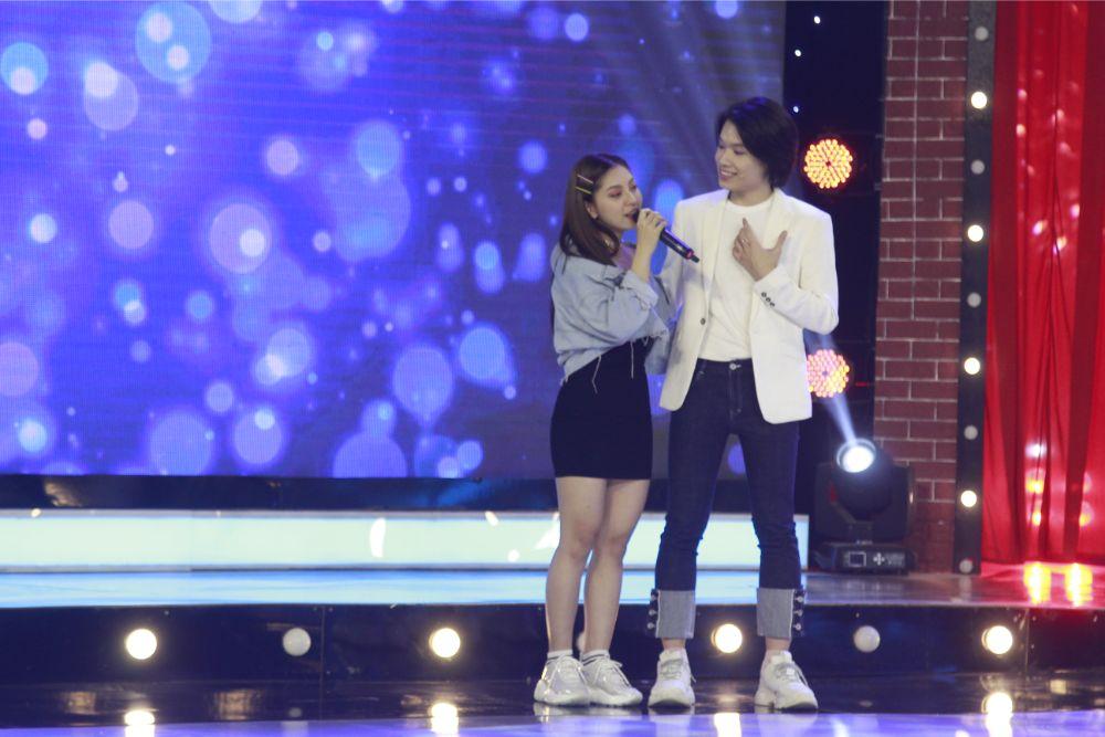"""Nhật Lê phản ứng """"gắt"""" trên truyền hình khi MC Sam thừa nhận thích Quang Hải - 8"""