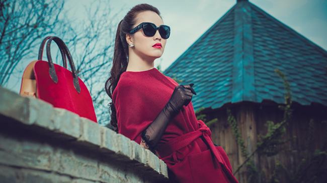 Ngoài ra, Thụy Vâncòn là chủ một cơ sở làm đẹp. Cô được coi là nữ MC giàu có nổi tiếng trong nhà đài.
