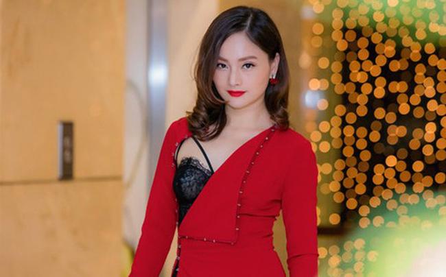 Người đẹp Lan Phương là gương mặt quen thuộc trên màn ảnh Việt. Cô xuất thân là sinh viên đại học Ngoại thương.