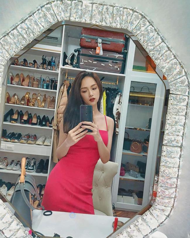 Hoa hậu khoe kim cương, tuyên bố