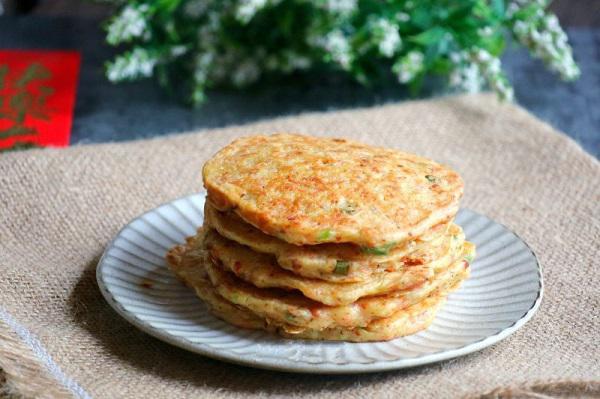 Cách làm bánh khoai tây cay giòn, nóng hổi trong nháy mắt cho bữa sáng cực ngon - 5