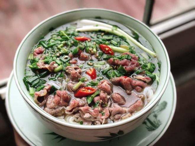Tự nấu phở bò thơm ngon bằng một tuyệt chiêu không phải ai cũng biết  – VietNamNet