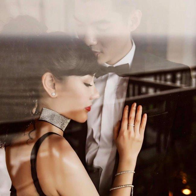 Trương Nam Thành làm đám cưới với nữ đại gia hơn 15 tuổi tại một khách sạn hạng sang ở Hà Nội. Hôn lễ nhận được nhiều sự chú ý từ dư luận vì ngay từ khi công khai yêu nhau, mối tình lệch tuổi của Trương Nam Thành và nữ doanh nhân lớn tuổi đã gặp nhiều chỉ trích.
