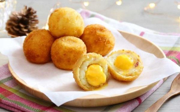 Ăn sáng ở nhà quá ngon với món bánh khoai tây viên phô mai thơm ngậy tự làm - 5
