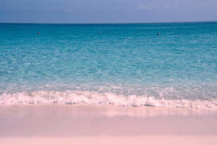 Những bãi biển màu hồng dành cho du khách ưa lãng mạn - 1
