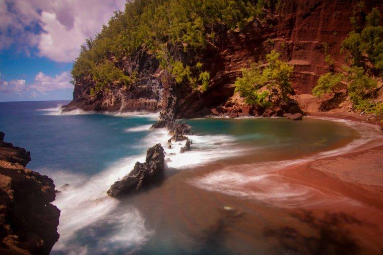 Những bãi biển màu hồng dành cho du khách ưa lãng mạn - 8