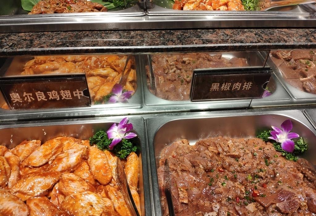 Muốn ăn toàn món ngon và lâu no, hãy tránh 5 món này khi ăn buffet - 3