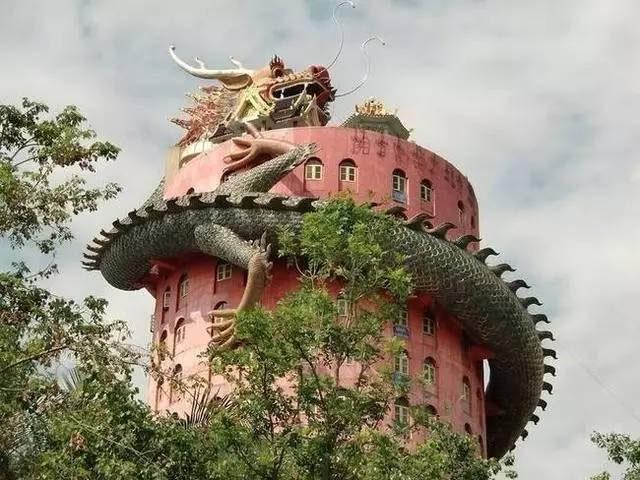 Ngôi đền có 1-0-2 ở Thái Lan, được bao quanh bởi một con rồng khổng lồ - 6