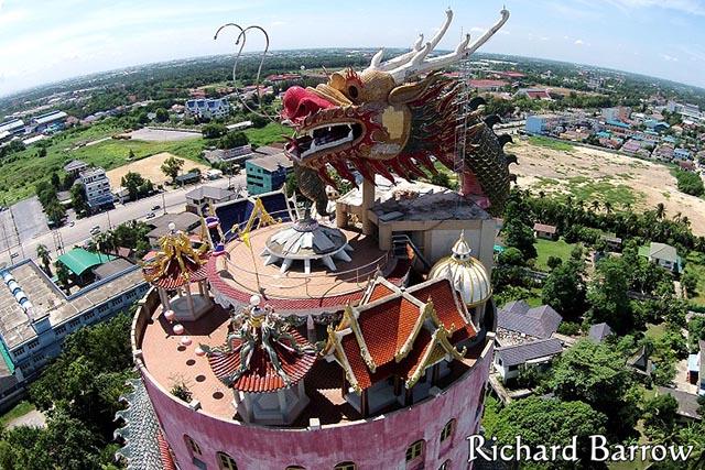 Ngôi đền có 1-0-2 ở Thái Lan, được bao quanh bởi một con rồng khổng lồ - 8