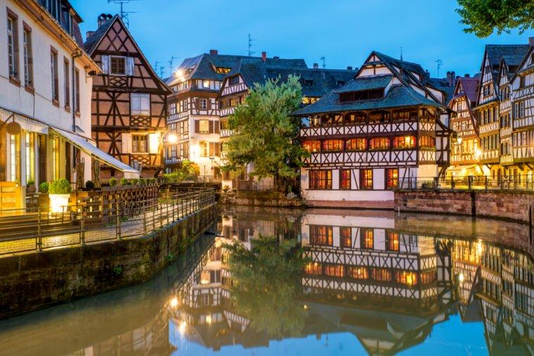 12 thị trấn tuyệt đẹp không thể bỏ qua khi tới Pháp - 1