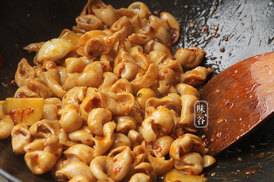 Cách làm sạch ruột già heo chỉ với 2 nguyên liệu dễ tìm trong nhà bếp - 7