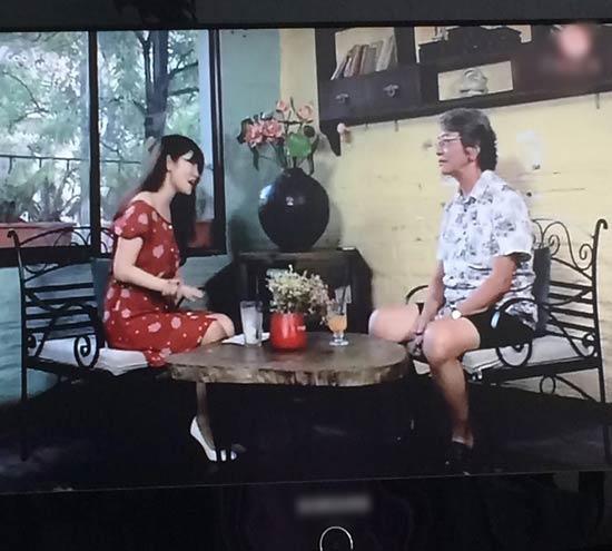 Váy áo bị chê phản cảm, vô duyên của khách mời trên sóng truyền hình - 5