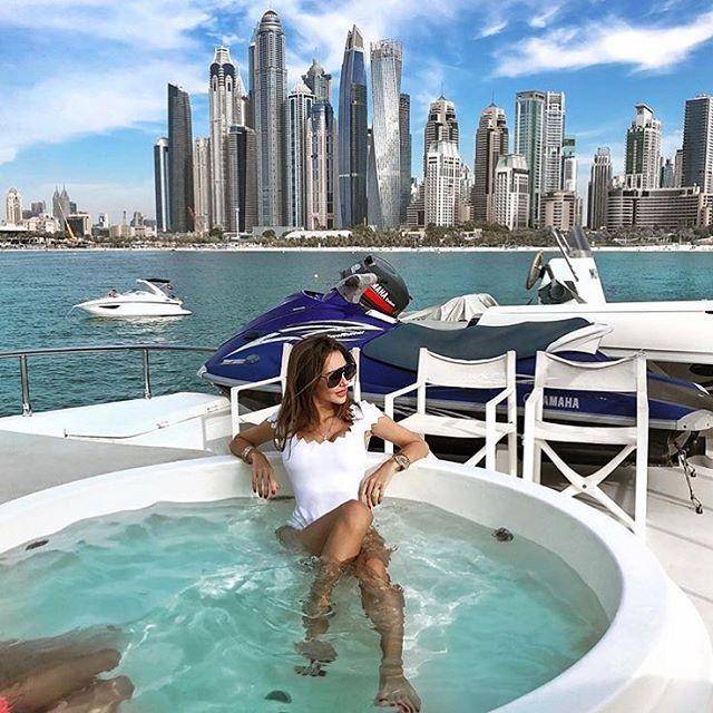 """""""Mãn nhãn"""" với kỳ nghỉ hè triệu đô của các Rich Kid Instagram - 10"""
