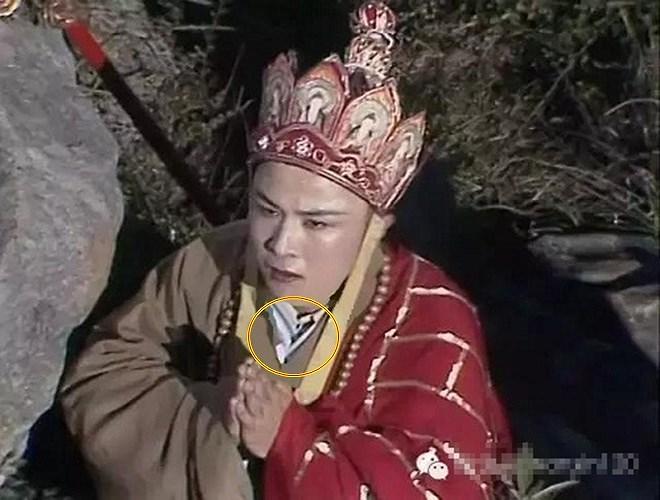 'Tây Du Ký 1986' chiếu lại trên VTV: Loạt sạn bị 'bóc' khiến fan không thể nhịn cười - 11