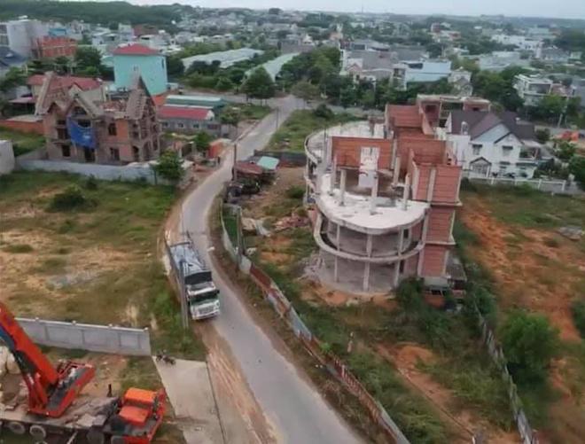 Hoa hậu quê Vũng Tàu khoe 'lâu đài' 200 tỷ bạn trai đại gia xây tặng - 5