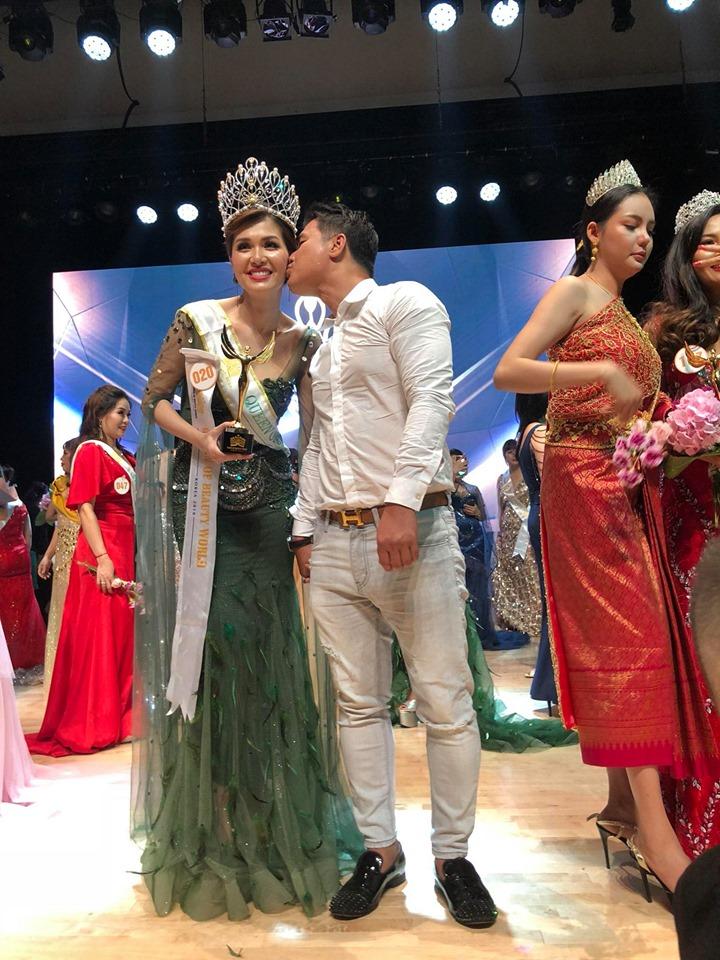Hoa hậu quê Vũng Tàu khoe 'lâu đài' 200 tỷ bạn trai đại gia xây tặng - 14