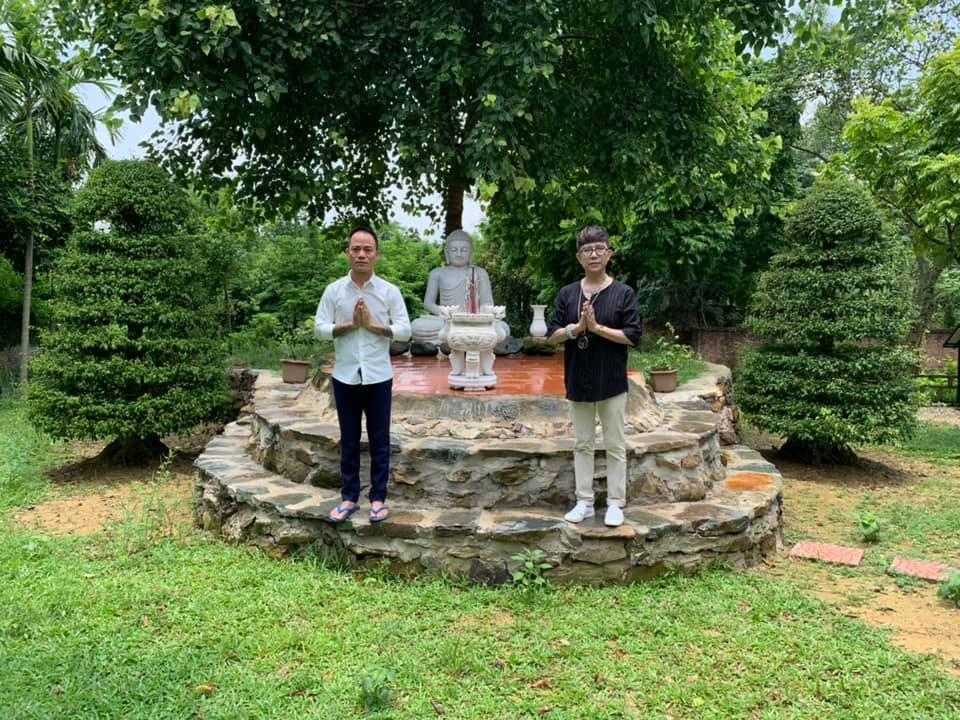 Hé lộ khuôn viên nhà vườn tại Sóc Sơn của con trai Chế Linh và bà xã hơn 4 tuổi - 1