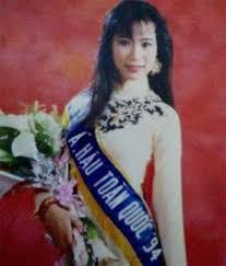 Chuyện tình 10 năm không thành của MC giàu nhất Vbiz và á hậu Việt Nam 1994 - 2