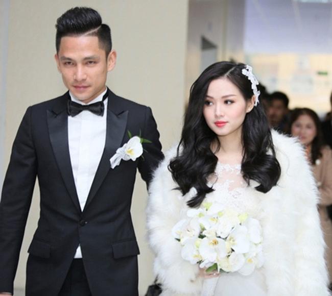 Năm 2015, Tâm Tít bất ngờ lên xe hoa với doanh nhân Chu Ngọc Thành. Trước đó, người đẹp Hà thành từng hẹn hò với cầu thủ Sỹ Mạnh, anh trai Bảo Thy - Thế Bảo.