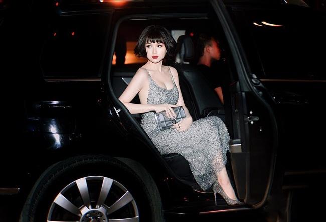 Hình ảnh Tâm Tít tham gia một sự kiện hồi cuối năm 2018 với phong cách sexy.