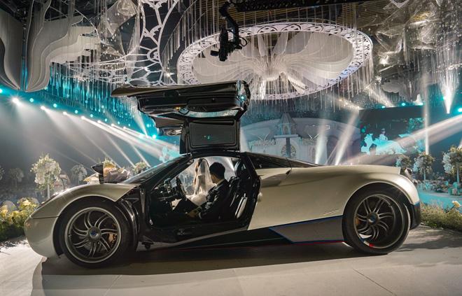 Đại gia Minh Nhựa lái siêu xe 80 tỷ đưa 'ái nữ' vào lễ đường, đám cưới toàn nghệ sĩ nổi tiếng - 4