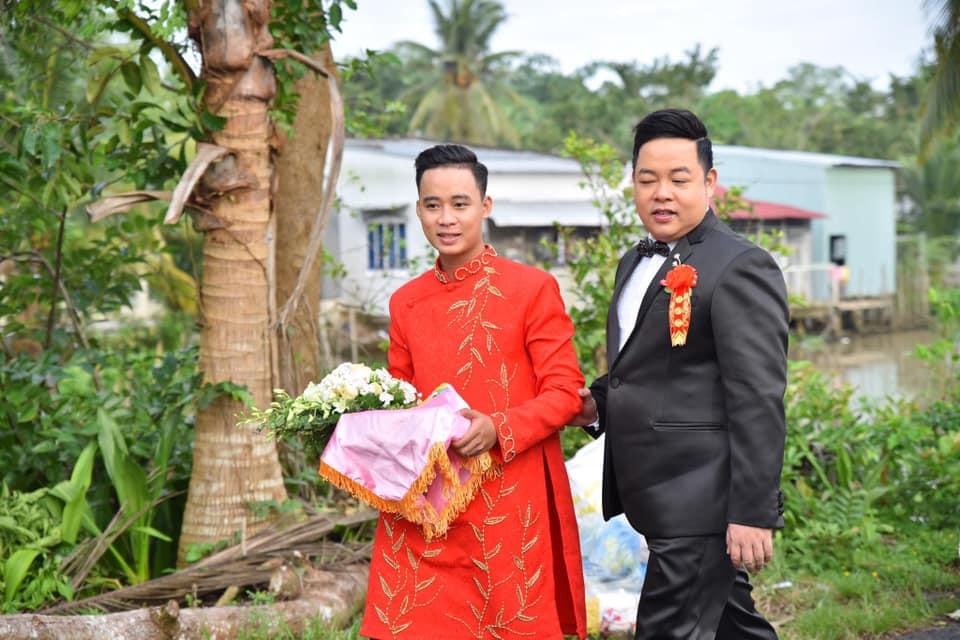 Quang Lê 39 tuổi đã làm bố chồng, về miền Tây cưới vợ cho con trai - 1