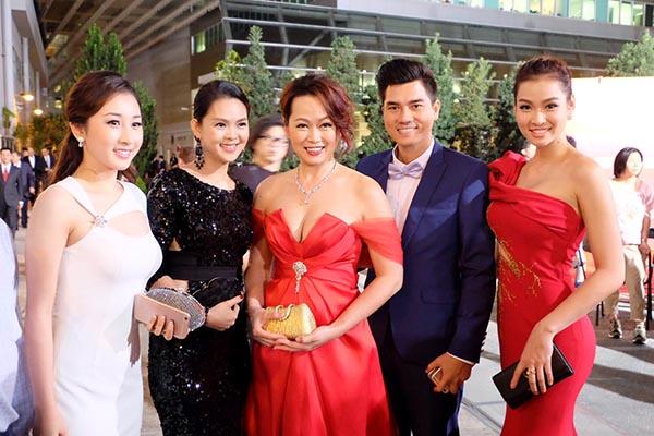 Bị loại khỏi Hoa hậu Việt Nam 2012 vì gian dối, siêu mẫu Vương Thu Phương giờ ra sao? - 4