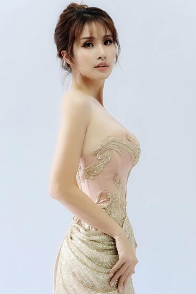 Nhan sắc ngày càng gợi cảm, quyến rũ của vợ cũ Phan Thanh Bình.