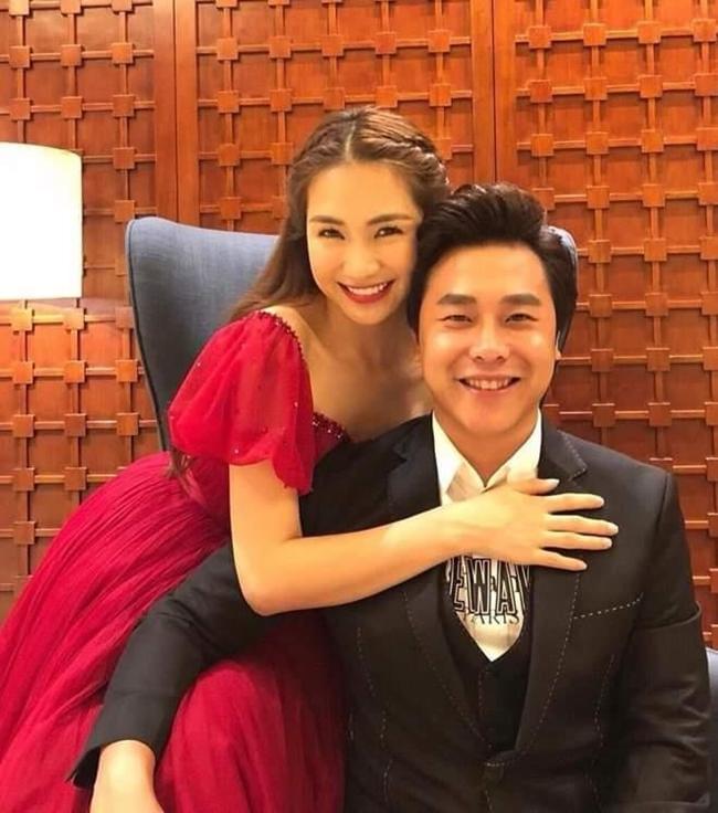 Hiện tại, Hòa Minzy đang hẹn hò với thiếu gia Nguyễn Minh Hải. Trên trang cá nhân, cô dành nhiều lời có cánh cho bạn trai.