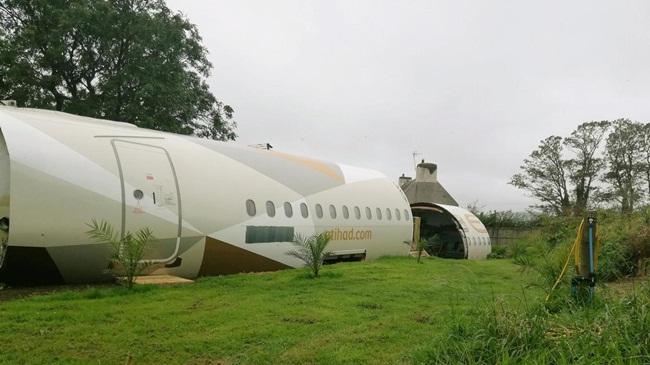 Máy bay Airbus A319 lần đầu tiên được sử dụng cho các chuyến bay thương mại năm 2003. Sau đó, hãng Etihad Airways mua dòng máy bay này để chở khách.