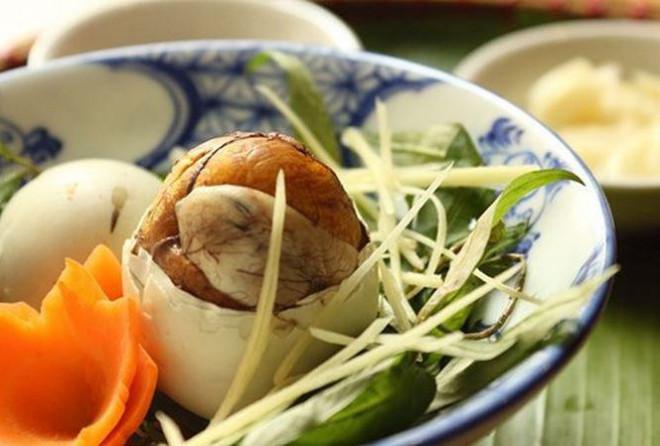 trứng vịt lộn kỵ với gì | Món Miền Trung