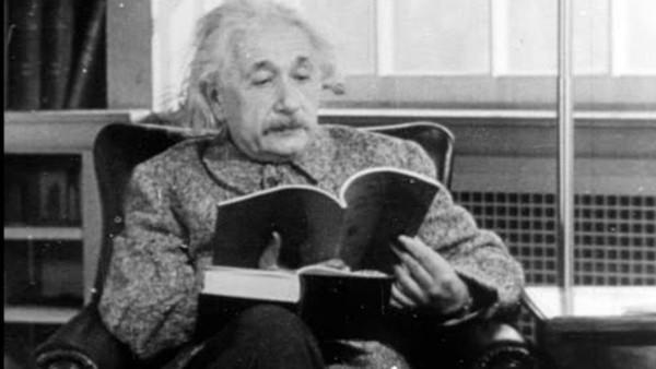 Những bài học rất thú vị từ cuộc đời của Albert Einstein - 2