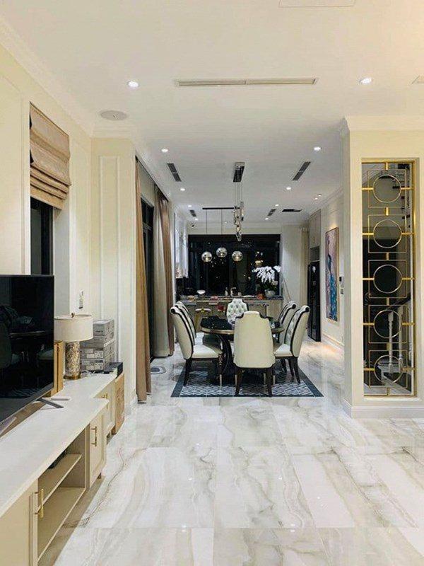 Hé lộ không gian biệt thự trắng ở Sài thành của mỹ nhân