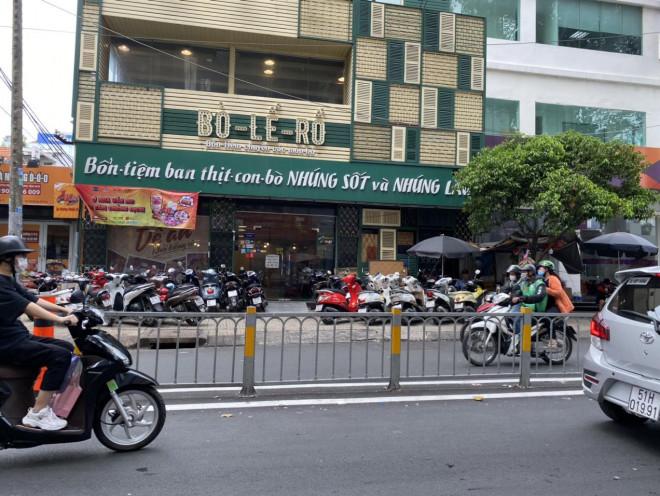 Những biển hiệu độc - lạ, hút khách ở Sài Gòn - 6