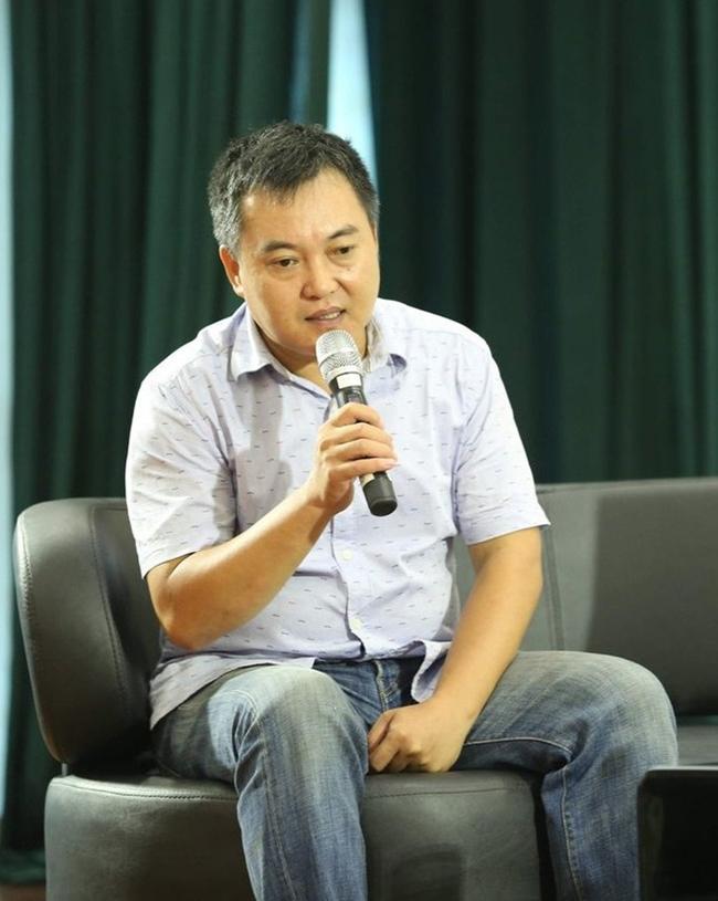 Lưu Minh Vũ là một trong những MC kỳ cựu và nổi tiếng ở VTV. Cuộc sống của anh khá kín tiếng khiến nhiều người tò mò.