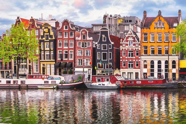 Muốn du lịch châu Âu tiết kiệm túi tiền hãy ghé những nơi này - 2