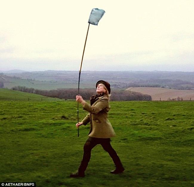 Không khí sạch được lấy từ vùng nông thôn nước Anh. Các chai có dung tích 580ml.