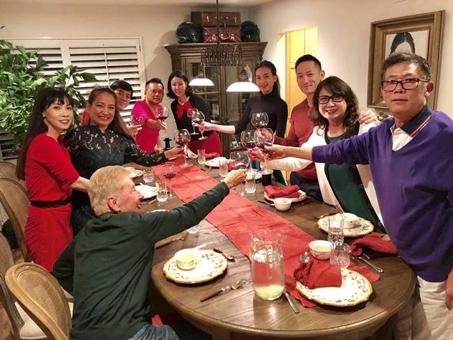 Gia đình Hà Kiều Anh và bạn bè thỉnh thoảng tụ tập ở đây ăn uống, trò chuyện.